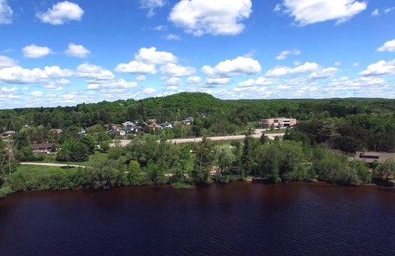 295 Highway 60, Huntsville – Crescent Bay